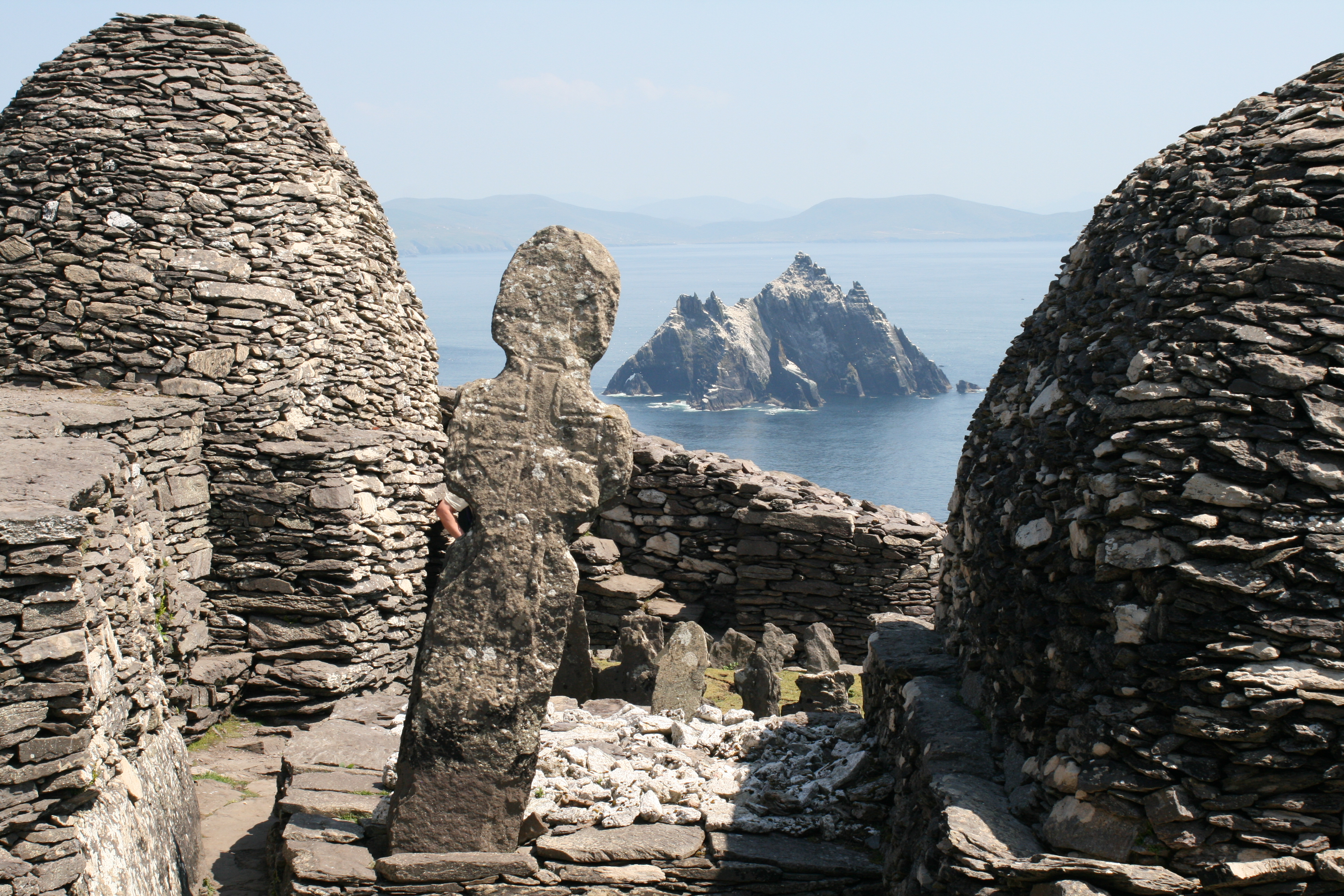 Arch Skellig Michael