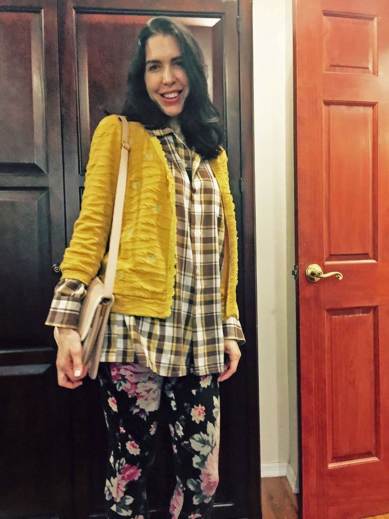 gallery-1496255887-day-4-plaid-and-flowers