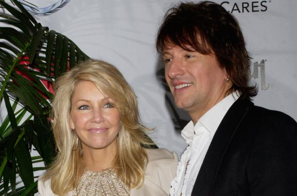 Heather-Locklear-vacations-with-ex-Richie-Sambora-in-Hawaii