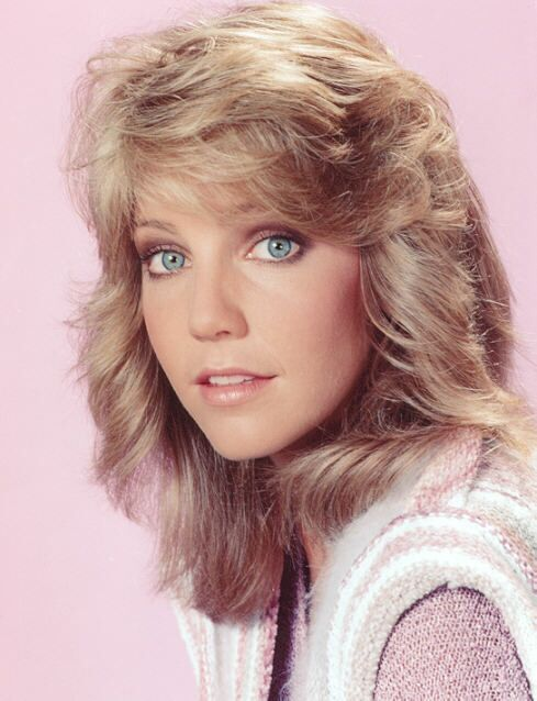 4767dbed17e893322dd931b7370a9e65--feathered-hairstyles-heather-locklear